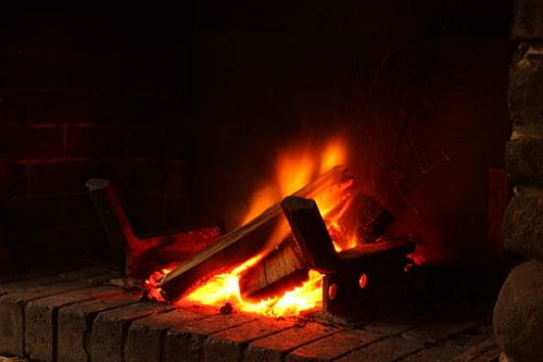 Open_wood_fire